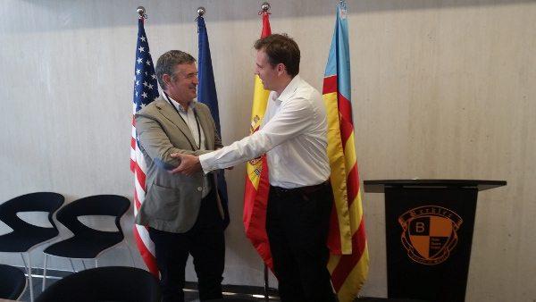 Firma convenio del Colegio Mayor de Valencia
